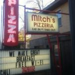 Michigan, Mitch's Pizzeria in Tawas City